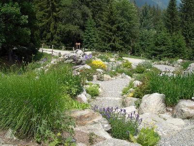 A spasso per gli orti botanici alpini della Valle d'Aosta